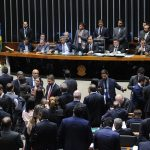 Câmara aprova terceirização para todas as atividades da empresa